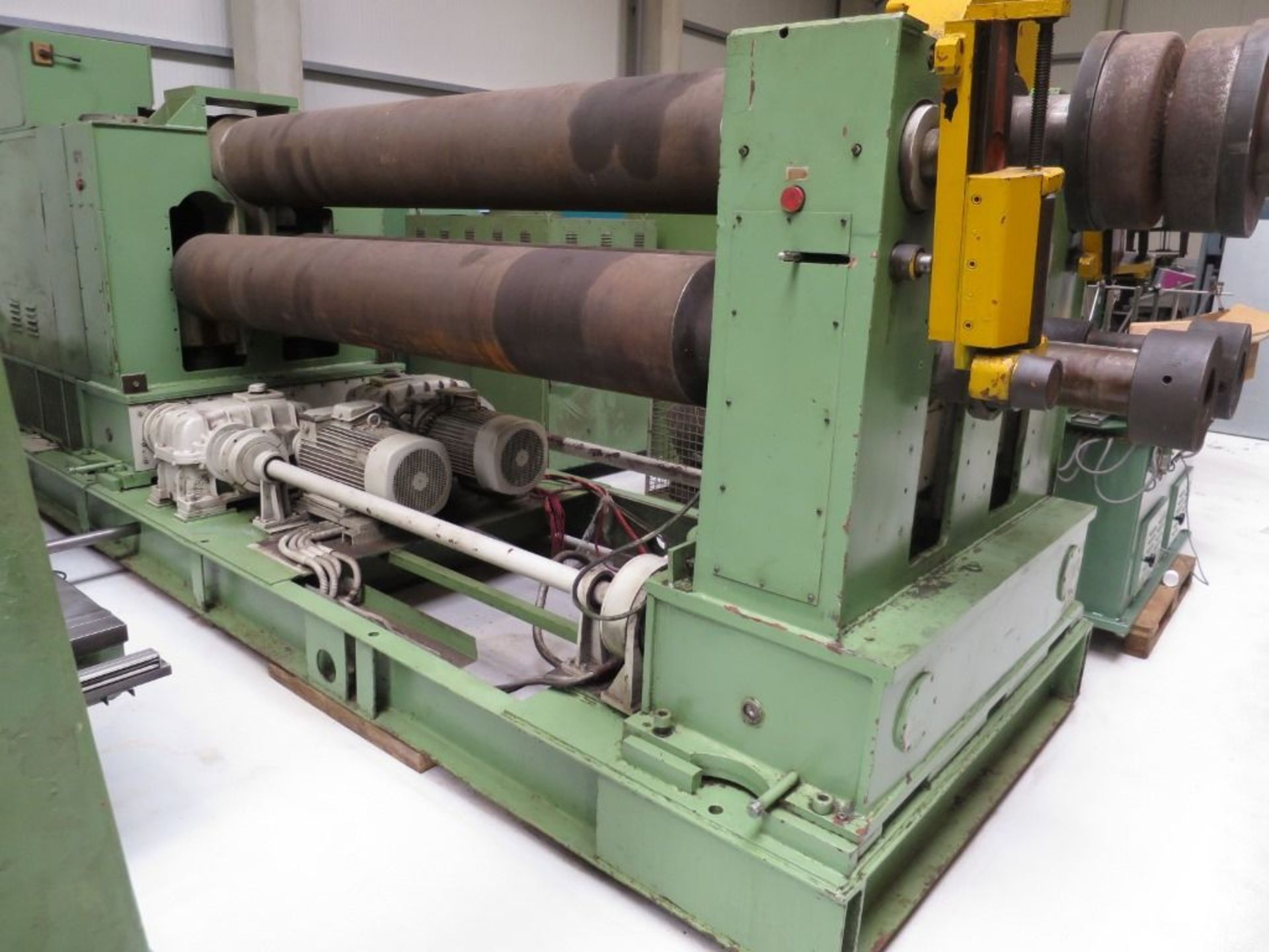 Second-hand-Sheet-metal-machinery