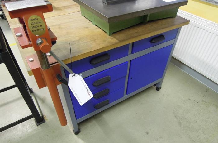 Kupper Werkbank Gebraucht In Auktion Bei Surplex Surplex
