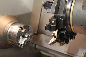 Tornio cnc usato per metalli a controllo numerico all 39 asta for Tornio da banco per metalli usato