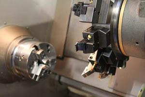 Tornio usato per metalli tornio da banco per ferro e for Tornio da banco per metalli usato